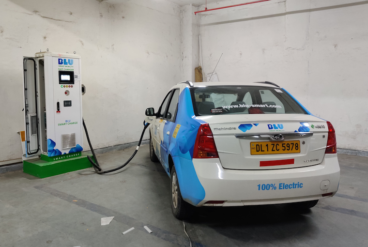 The 100% electric cab getting charged