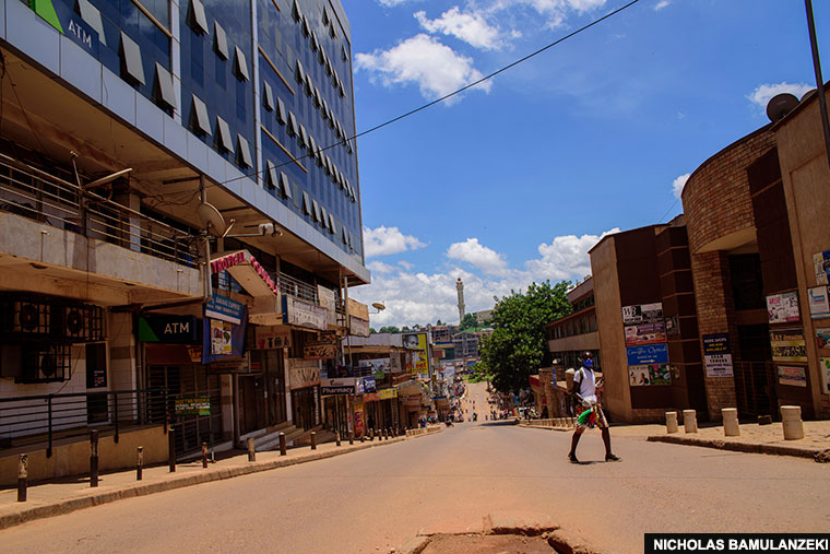 Shops closed along Kyaggwe road during the total lockdwon due to Covid-19