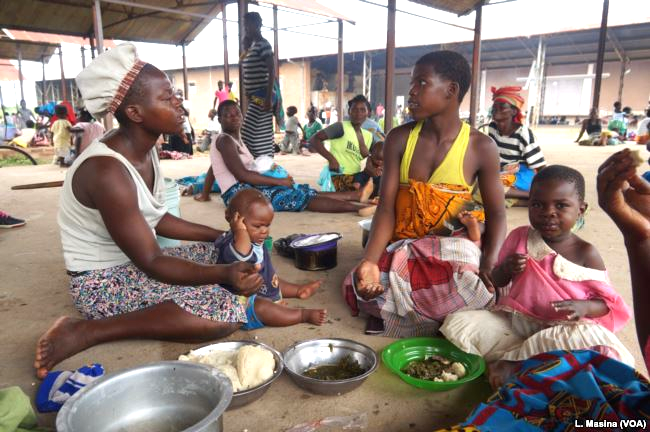 People displaced by flooding are seen at Bangula evucuation camp, in Nsanje, Malawi