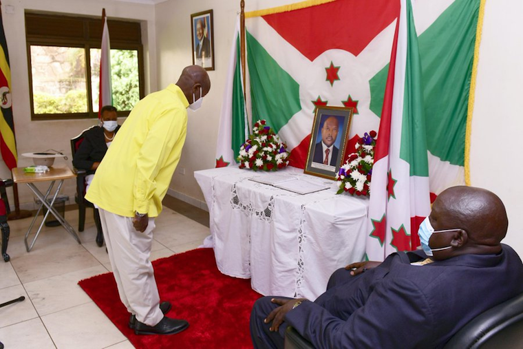 Museveni pays his respects to Nkurunziza's portrait at the embassy