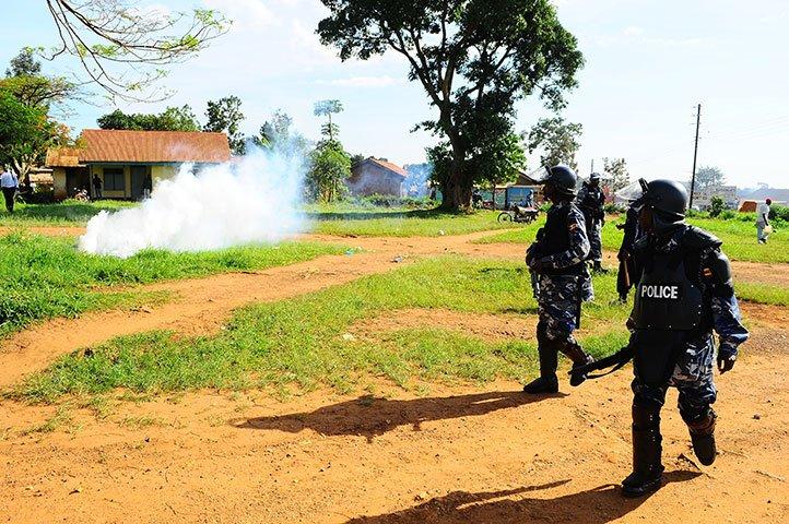 https://observer.ug/images2/police/Police-fire-tear-gas.jpg