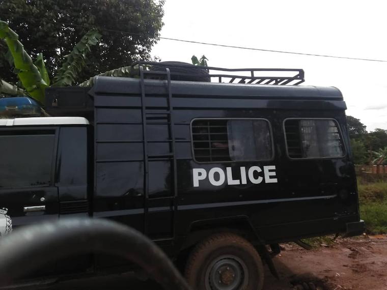 observer.ug - Our Reporter - Bobi Wine arrested at Busabala
