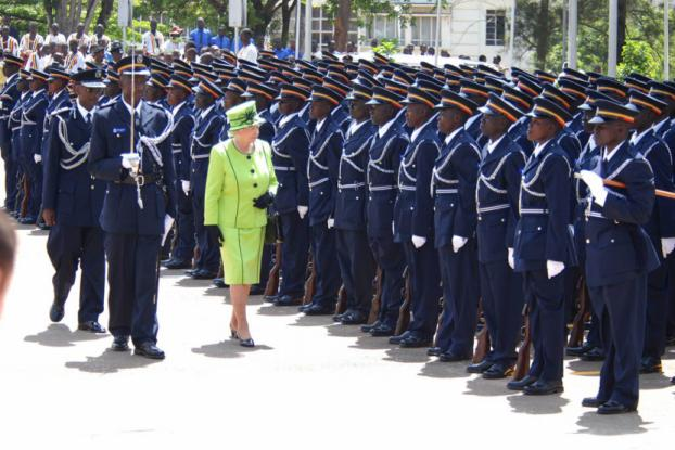 Queen Elizabeth inspecting the police guard of honour in 2007